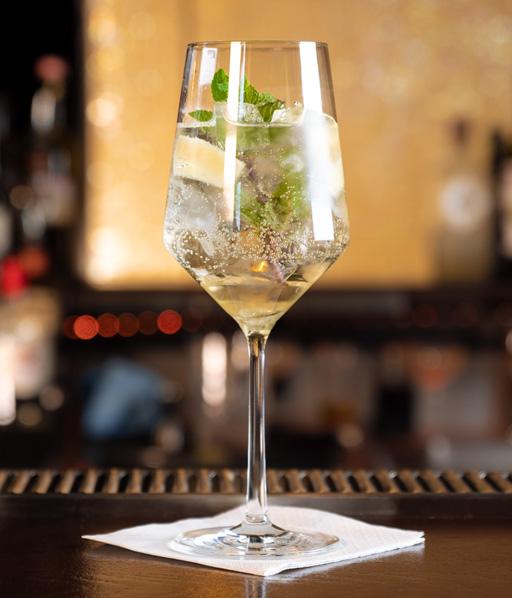 Green Sweety - alkoholfreier Hugo Mocktail mit Rimuss