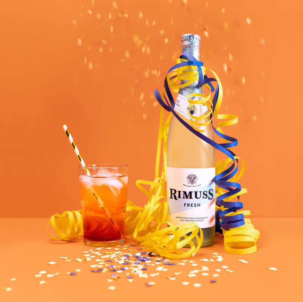 Kinder-Drink für die Motto-Party Zirkus. Kindergeburtstag mit Rimuss
