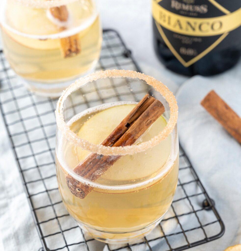 Leckerer Apfel Drink / Mocktail mit Rimuss Bianco Dry
