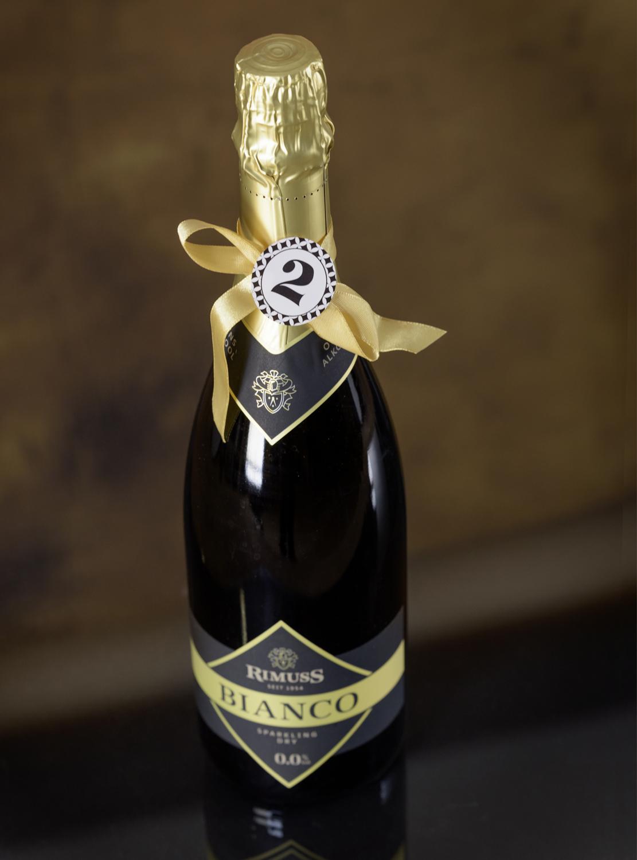 Rimuss Bianco Dry für den Rimuss Apero Adventskalender