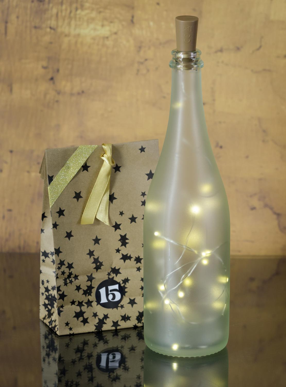Flasche mit Lichter-Kette für den Rimuss Apero Adventskalender