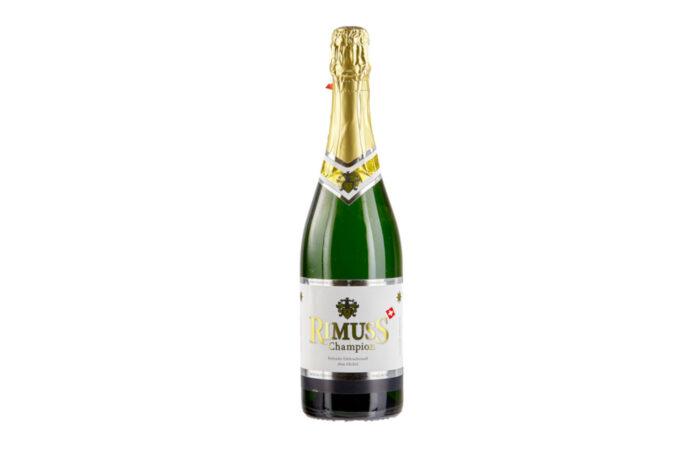 Der Rimuss Moscato heisst neu Rimuss Champion und wird in der Champagnerflasche angeboten. 1991