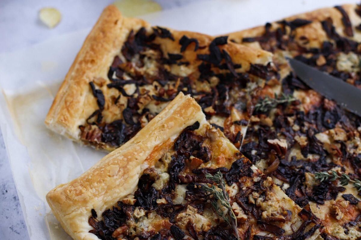 Karamellisierte Zwiebel Tarte. perfektes Häppchen für den Advents Apéro