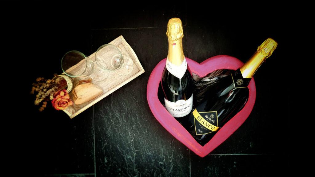 Ein schöner Valentinstags Apero mit Rimuss Champion Moscato und Rimuss Bianco Dry