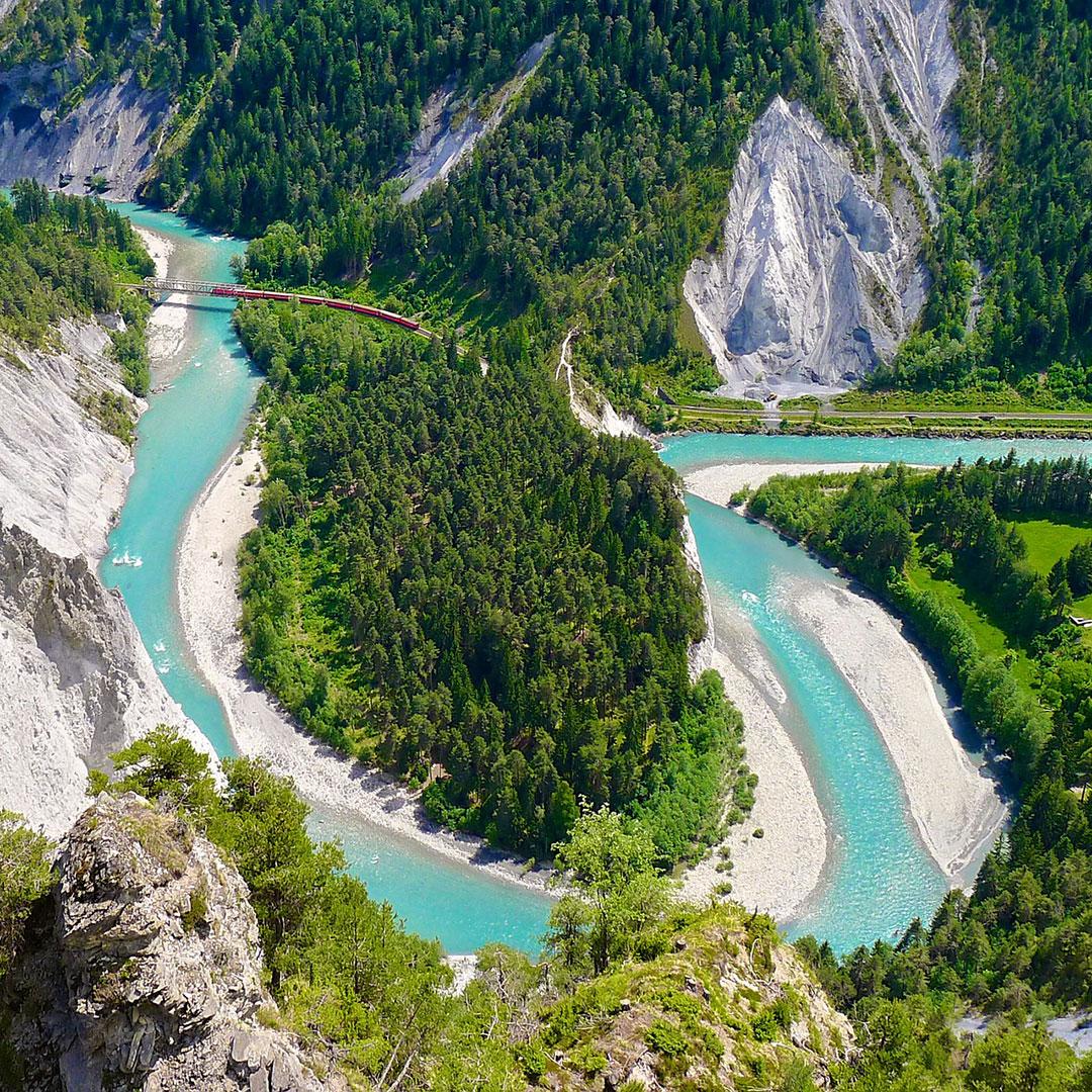 Die Rheinschlucht unterhalb von Flims. Ein Wunderschöner Ort für ein Rimuss-Picknick