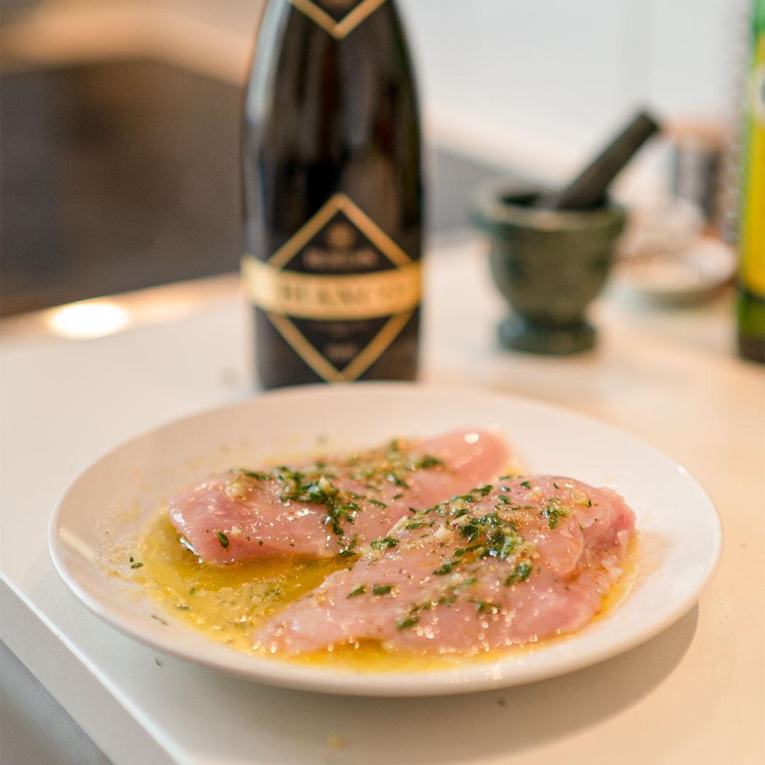 Mariniertes Hühnchen mit alkoholfreier Prosecco Marinade mit Rimuss Bianco Dry