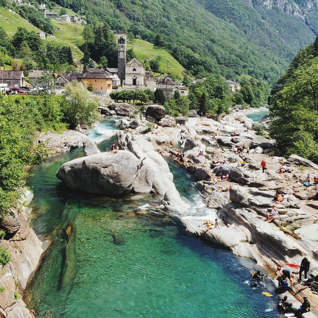 Das Verzasca-Tal im Tessin, Perfektes Reiseziel für einen Badetag mit Rimuss Picknick