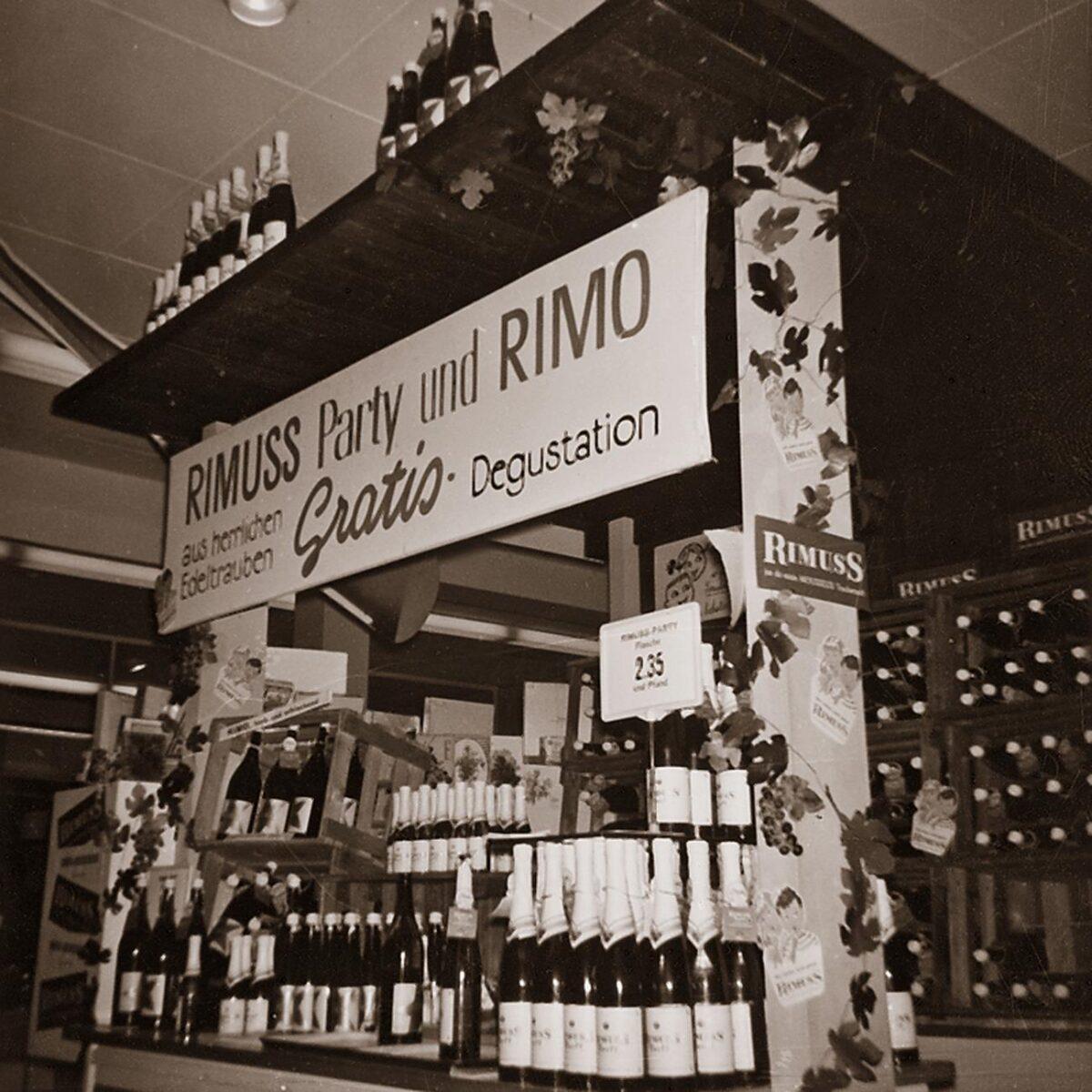 Stand von Rimuss an der OLMA 1960. Rimuss wurde 1960 bei der OLMA erstmal vorgestellt und ist seit dem zu eine Kultgetränk geworden
